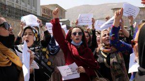 राष्ट्रसङ्घीय मुख्यालय अगाडि सयौँ महिलाद्वारा प्रदर्शन