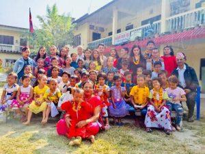 ४६ सन्तानकी आमा मीना, झाँगिदै छ साझा फूलबारी