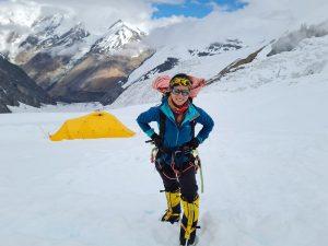धवलागिरीमा पहिलोपटक नेपाली महिला पूर्णिमाको सफल आरोहण